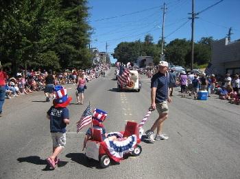 parade-wagon-kids